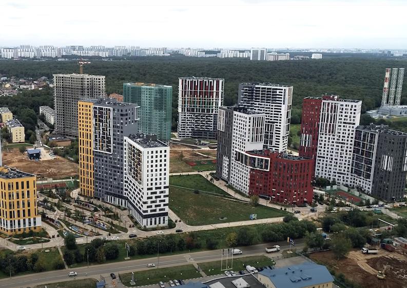 390 семей получили ключи от квартир в новомосковском ЖК «Новая звезда»